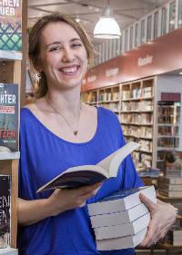 Julia Weisenberger von Lazy Literature